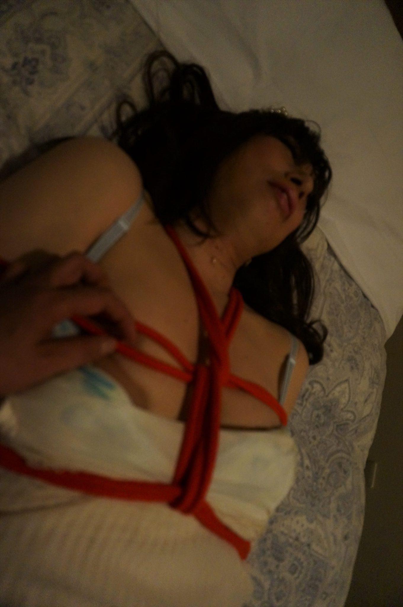 ミニスカートで犯されて~痴漢・拘束レイプ~フェミニン系OL女装良美ちゃん編